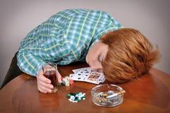 妇女使上瘾对恶习 免版税库存图片