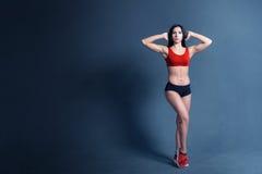 妇女健身刺激 免版税库存照片