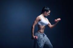 妇女健身刺激 库存照片