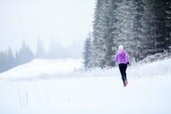 妇女健身启发和刺激,赛跑者 免版税库存照片