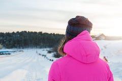 妇女冬天画象 库存照片