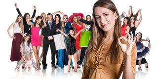 妇女和大小组愉快的人民 免版税图库摄影