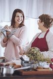 妇女和祖母 免版税库存图片