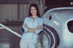 妇女和航空器 库存照片
