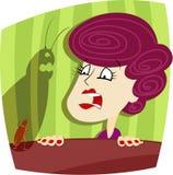 妇女和蟑螂 免版税图库摄影