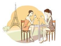 妇女喝咖啡 免版税库存图片