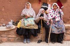 妇女在Abyaneh,伊朗 库存图片