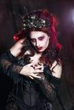 妇女妖怪 创造性的黑暗的构成,概念性想法为万圣夜 库存图片