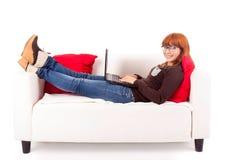 妇女学习 免版税库存照片