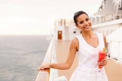 妇女巡航假期 库存图片