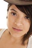 妇女帽子褐色眼睛神色 图库摄影