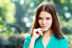妇女微笑 免版税库存图片