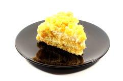 妇女意大利的庆祝的含羞草蛋糕 库存照片