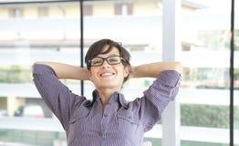 妇女放松 免版税库存图片