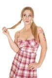 妇女格子花呢披肩礼服猪尾戏剧头发 图库摄影