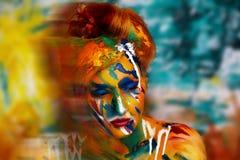妇女油漆杰作 库存图片