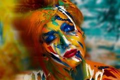 妇女油漆杰作 库存照片