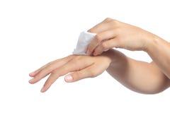 妇女清洁的手与婴孩抹的 库存照片