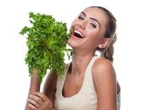 妇女用捆绑草本(salat) 免版税库存照片