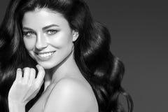 妇女画象、护肤和健康头发概念, beauti 库存图片