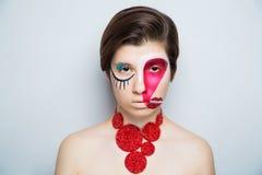 妇女疯狂的艺术组成嘴唇眼睛 免版税库存图片