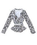 妇女的女衬衫在空白背景查出。 免版税库存图片