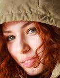 妇女的接近的头发的红色 免版税库存照片