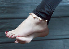 妇女的脚腕 库存图片