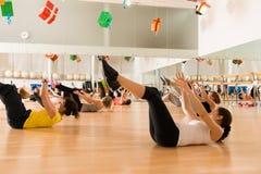 妇女的舞蹈课 库存图片