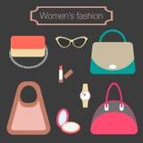 妇女的袋子和辅助部件的时尚汇集 免版税库存图片