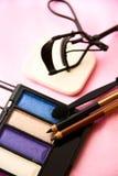 妇女的辅助部件-化妆背景 免版税库存照片