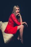 妇女红色礼服 免版税库存照片