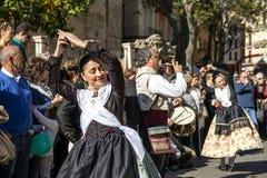 妇女跳舞在巴伦西亚,西班牙 库存图片