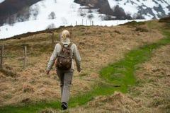 妇女远足者 图库摄影