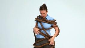 妇女附有与绳索 影视素材