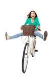 妇女骑自行车 免版税库存照片