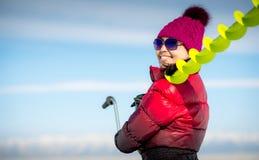妇女,拿着捕鱼设备 免版税图库摄影