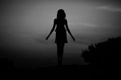 妇女,未知数的概念剪影,匿名 免版税库存图片