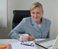 妇女,经营计划 免版税图库摄影