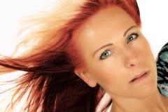 妇女头关闭红色和金发 库存照片