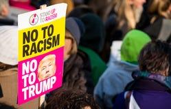 妇女`在伦敦抗议集会,伦敦,英国的s 3月 免版税库存照片
