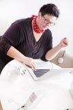 妇女画象在办公室环境里 免版税库存照片