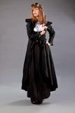 妇女steampunk风镜枪 免版税图库摄影