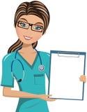 妇女Surgeon Holding Blank Folder医生 皇族释放例证