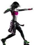 妇女zumba健身行使舞蹈家跳舞被隔绝的剪影 免版税图库摄影