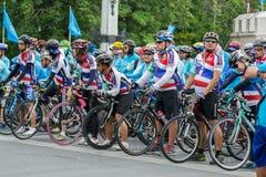 妈妈事件的自行车在泰国 免版税库存照片