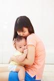 妈妈和婴孩daugher 免版税库存图片