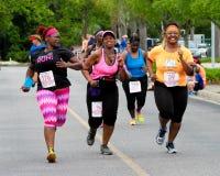 妈妈的奔跑5K奔跑 库存图片