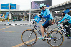 妈妈的泰国自行车 库存图片