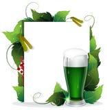 妖精绿色啤酒。 免版税库存照片